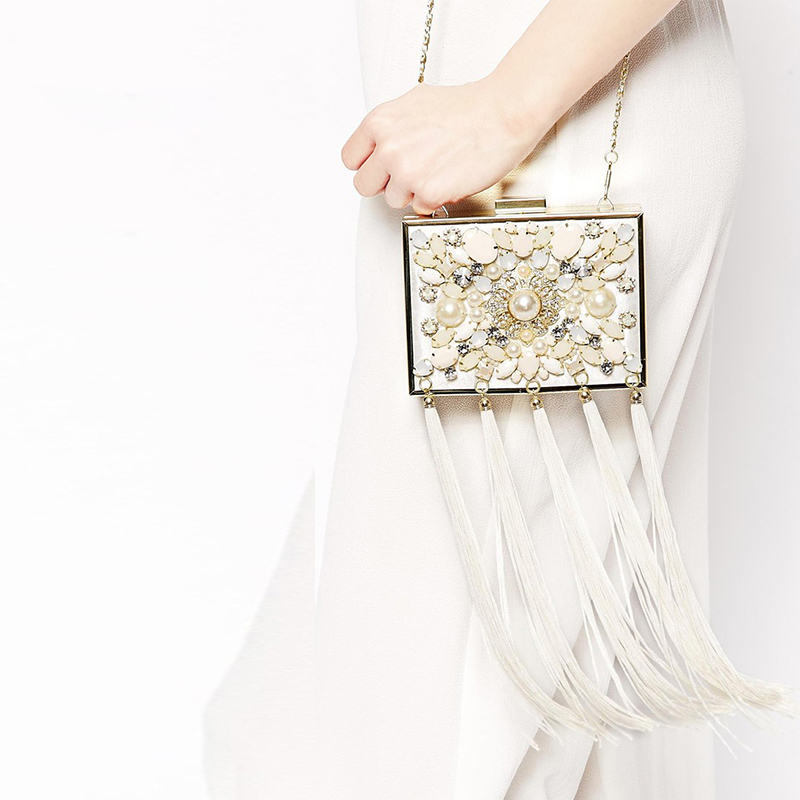 Luxury diamond white pearl tassel fashion design mini wedding party clutch evening bag chain shoulder bag ladies handbag purse 2017 new mini shoulder messenger bag famous brand luxury elegant bead evening bag clutch pearl handbag bride bags for wedding