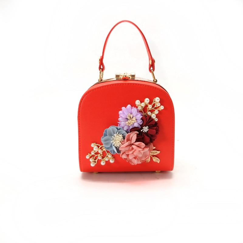 Amarte Women Handbags 2017 Luxury Brand Women Floral Rhinestones Shoulder Bags Fashion Cute Female Chain Crossbody Bags for Girl