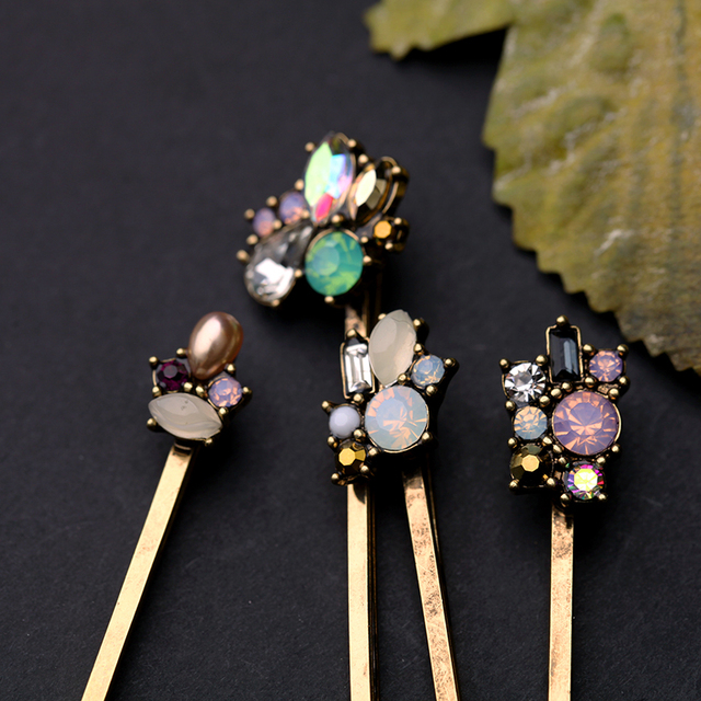 Charming Retro Barrettes with Flowers Design
