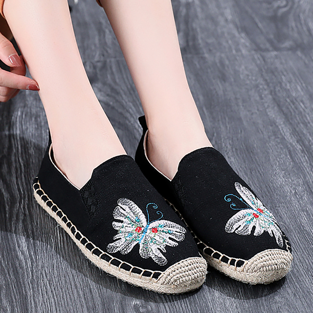 Spring & Autumn Women Cloth Shoes Chinese Style Fisherman Straw Shoes Embroidery Breathable Cotton Fabric Causal Slip-on Cai Die