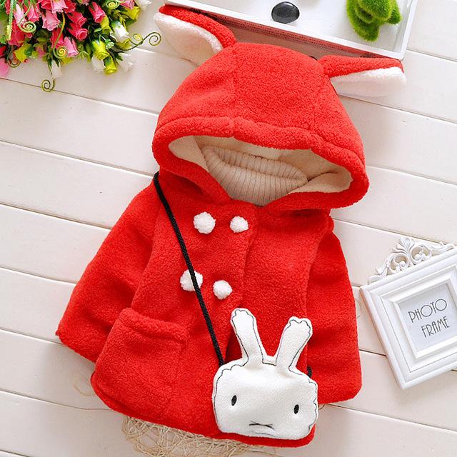 Calor! 2016 Frete grátis novo bebê da menina outono e inverno modelos explosão casaco coelhos jaqueta de algodão grosso de lã quente + malas