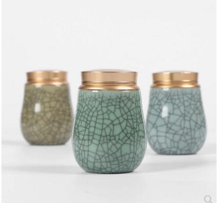 Celadon sealed tea caddies storage box Ceramic storage case for tea mini portable travel small tea cans