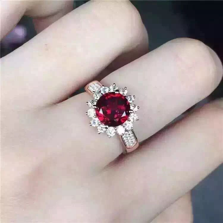 Live 925 Silver Ring female Garnet Ring pure natural crystal ring free shippingLive 925 Silver Ring female Garnet Ring pure natural crystal ring free shipping