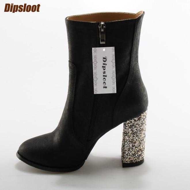 Luxe Crystal Chunky Heel Dames Puntschoen Enkellaarzen Reliëf Suède Dames Hoge Hakken Laarzen Elegante Stijl Dames Laarzen