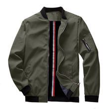 ฤดูใบไม้ผลิใหม่ชายเครื่องบินทิ้งระเบิด Zipper ชายเสื้อลำลอง Streetwear Hip Hop Slim Fit Pilot เสื้อผู้ชายเสื้อผ้า US ขนาด up to 3XL