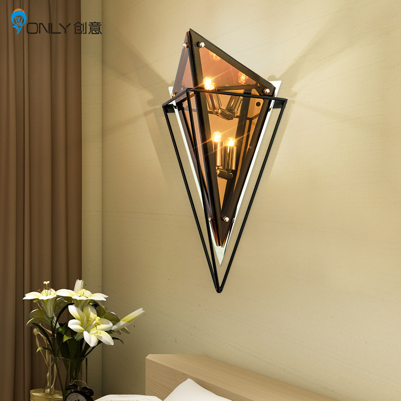 Nordic, post-modern style, personality, living room, diamond shaped lamp, bedroom bedside table, diamond wall lamp.Nordic, post-modern style, personality, living room, diamond shaped lamp, bedroom bedside table, diamond wall lamp.