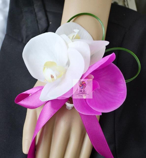 5Pcs Lot Handmade Wedding Mom Bride Bridesmaid Hand Wrist Flower Women  Corsage Phalaenopsis Artificial Flowers Wedding Supplies 9881b2074b09