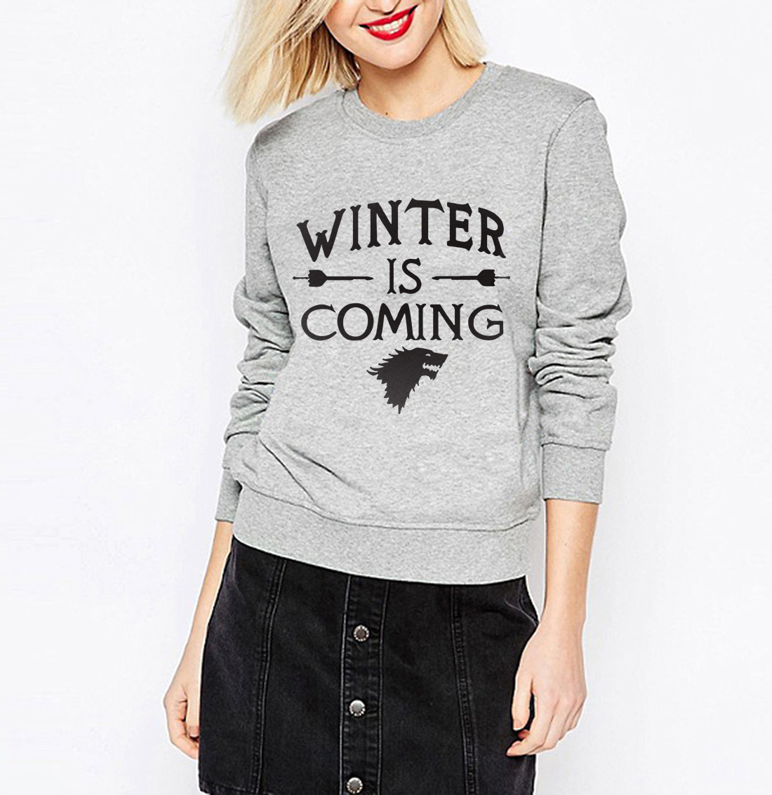 sweatshirt-winter-is-coming-woman4-asylum4nerd