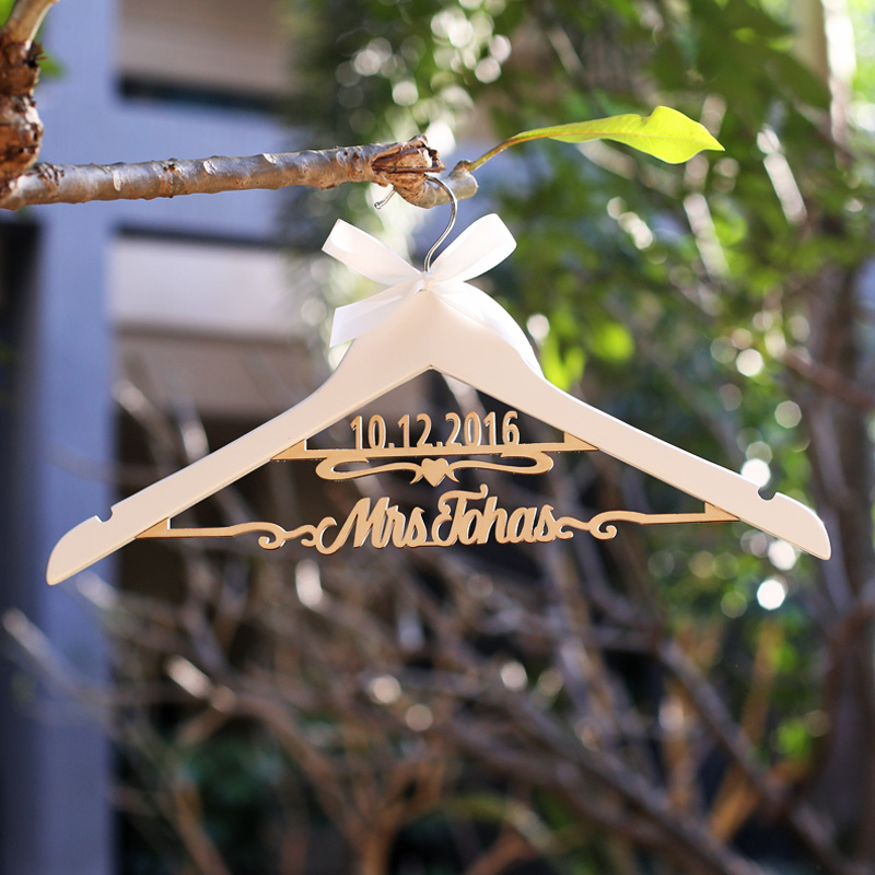 Custom wedding hangers/ wedding dress hanger with name and date ...