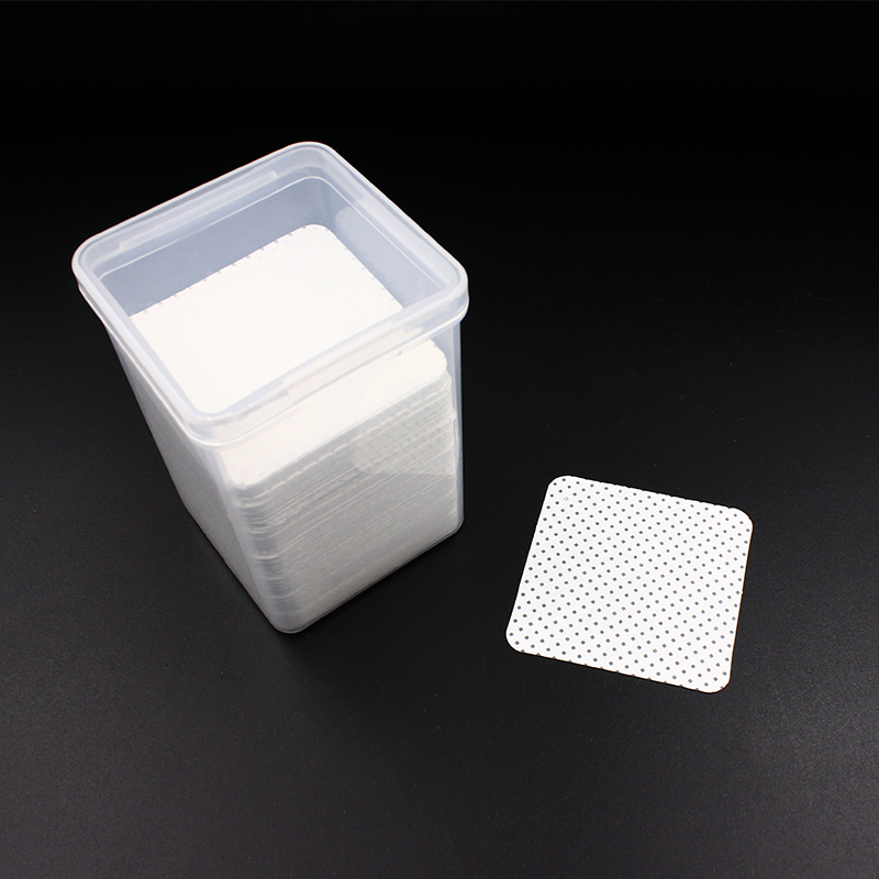 200PCS Eyelash Glue Remover Wipe Lint Free Paper Cotton Wipes Glue Bottle Mouth Cleaning Remover Paper Cleaner Pads with Box