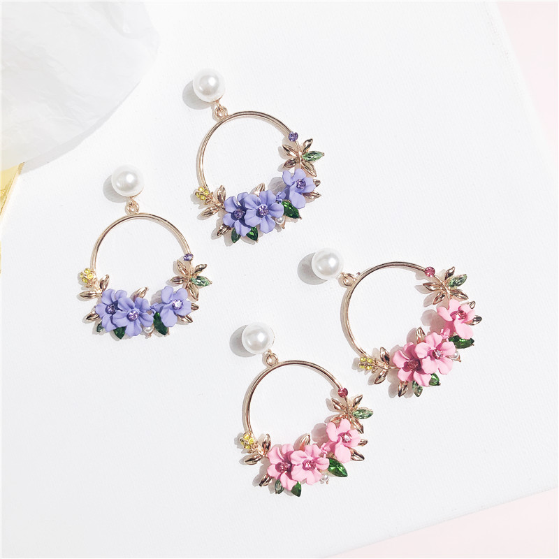 2019 New Elegant Big Circle Flower Drop Earrings For Women Fashion Simulated Pearl Rhinestone Boucle D 39 oreille in Drop Earrings from Jewelry amp Accessories
