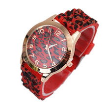 Мода Мужская Женева Leopard Часы Силиконовые Желе Гель Женщины Мужчины Часы Кварцевые Аналоговые Наручные Часы оптом