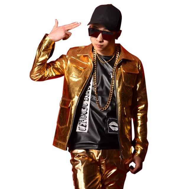 best website e8437 f7e6a US $40.99 18% di SCONTO|Oro Multi Tasca Degli Uomini di Giacca di Pelle  Moda Maschile Slim Fit Cappotto Discoteca Fase Cantante Ballerino DJ  Costumi ...