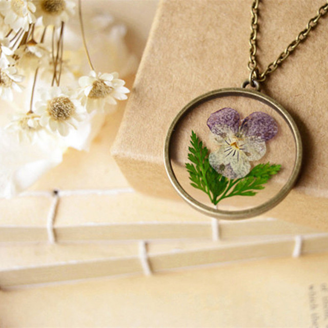 MCSAYS Ventage Jewelry Natural Dried Flowers Pansy Pendant Link Chain  Manual Made Special Necklace 3NS c1ebbae6c8e2