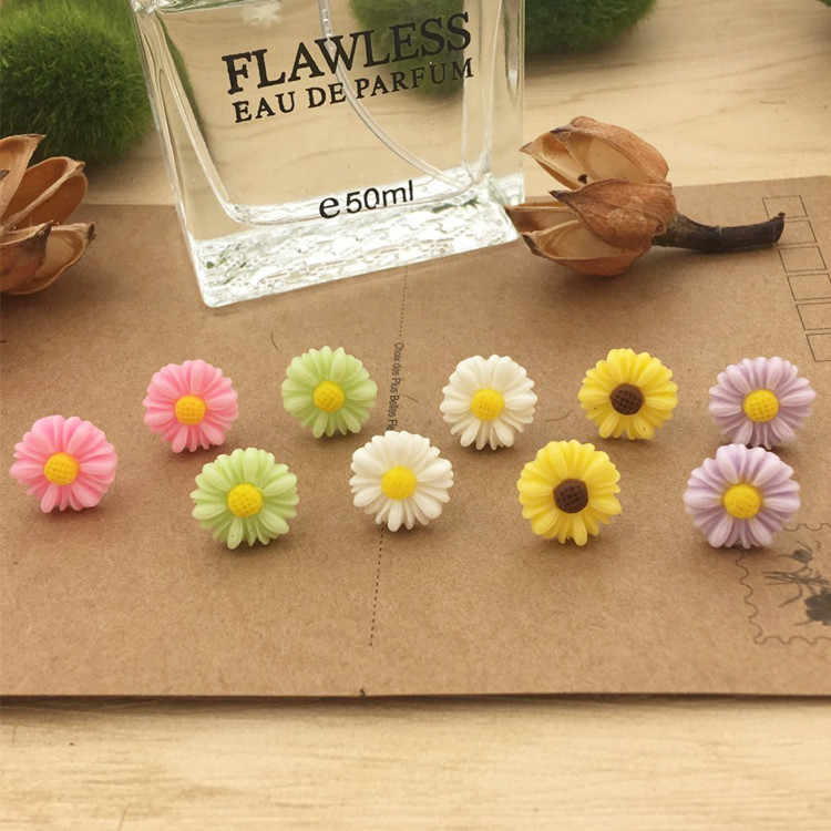 Women Jewelry earrings daisy resin flower hypoallergenic plastic rod earrings New Year gifts