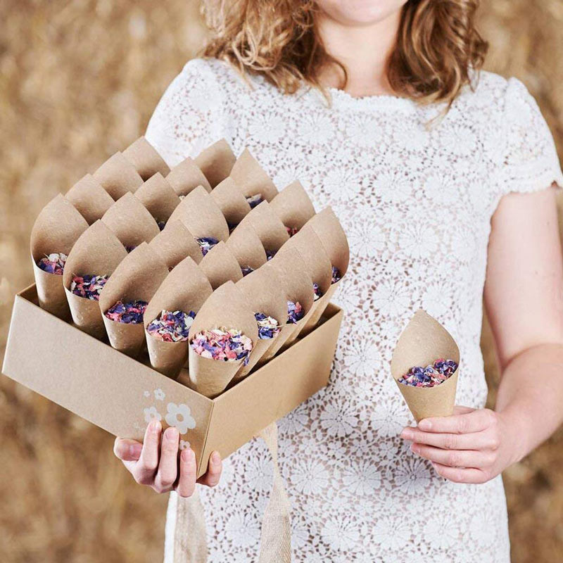 50PcsSet Confetti Cone Bouquet With Hemp Ropes Wedding Diy Decoraion Retro Folding Kraft Paper Gifts Packing Party Supplies (15)