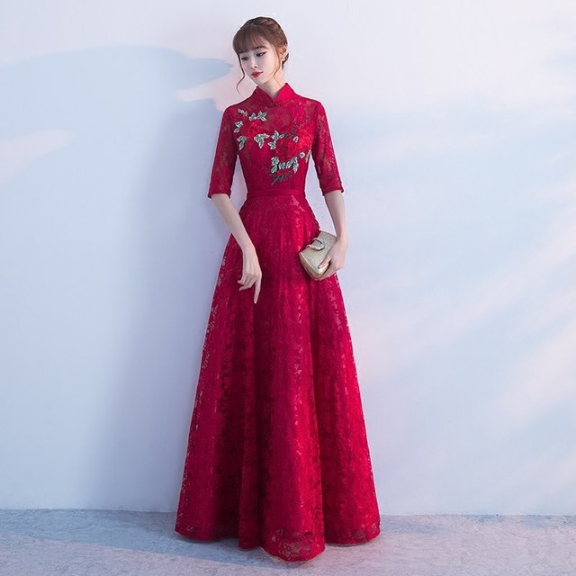 Lace Qipao Long Bride Wedding Evening Dress Modern Chinese Traditional  Vestido Oriental Dresses Red Embroidery Cheongsam c9e091acc472