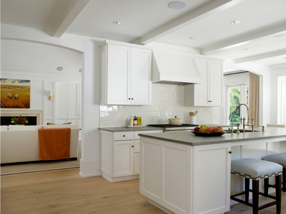 2017 Traditional Solid Wood Kitchen Cabinets White Color Customized Made Wooden Cabinets With Island Cabinets S1606183