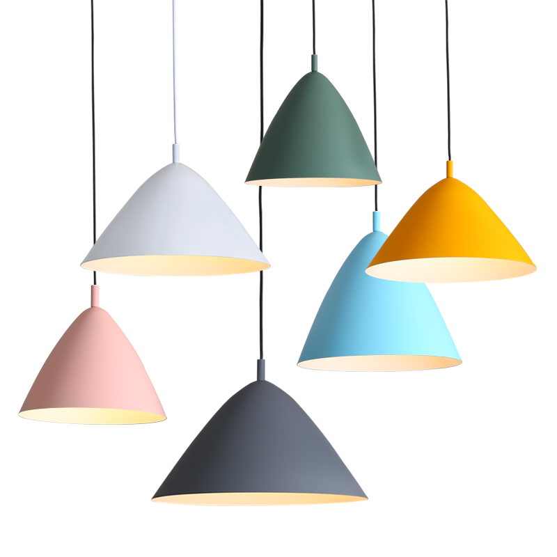 Nordic Pendant Lights For Home Lighting Modern Hanging Lamp Wooden Aluminum Lampshade LED Bulb Bedroom Kitchen Light 90-260V E27Nordic Pendant Lights For Home Lighting Modern Hanging Lamp Wooden Aluminum Lampshade LED Bulb Bedroom Kitchen Light 90-260V E27