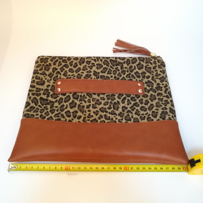 leopard tassel clutch (6)