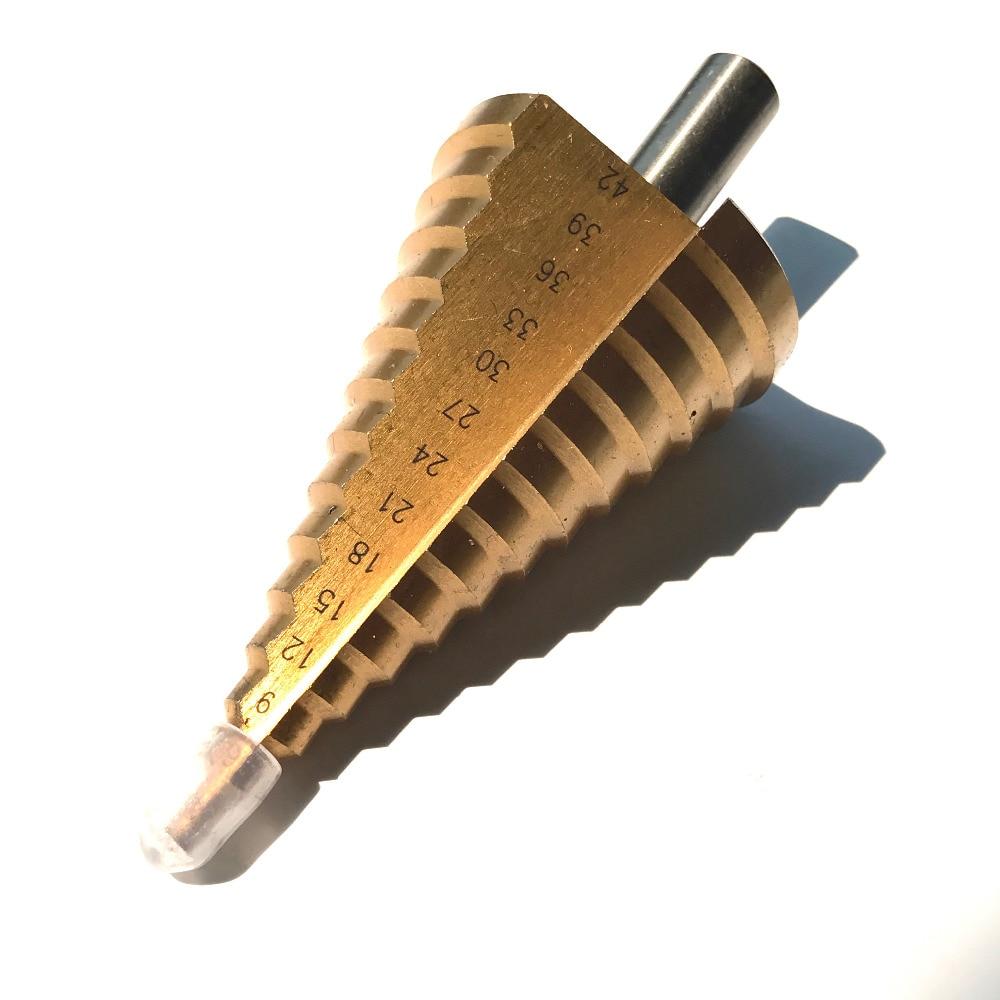 1tk ümmargune vars 6-42mm 13 sammuga HSS 4241 sirge sammuga puurvarda südamiku puurvarrega TIN kaetud koonus Sammpuurvarda komplekt augu lõikur