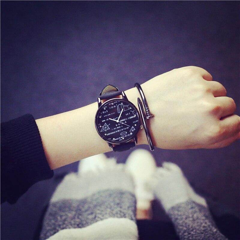 Reloj pulsera y hombre,