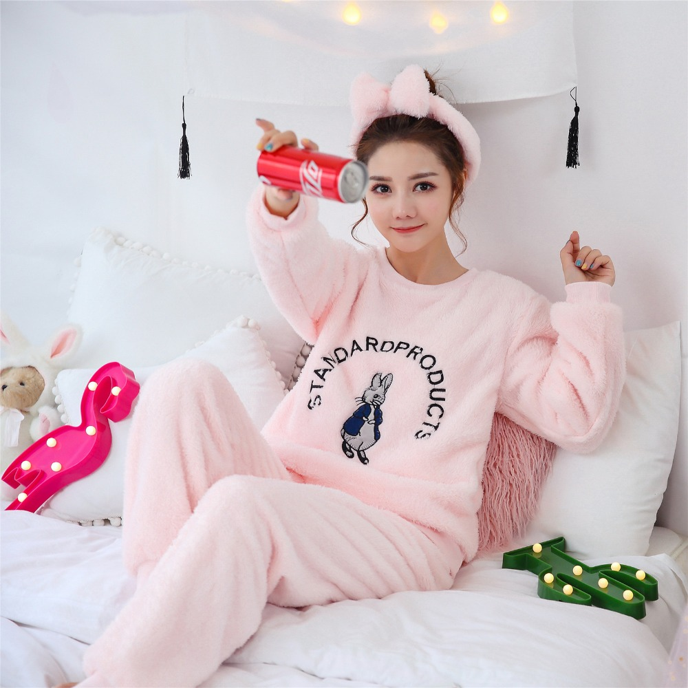 2018 Women's   Pajamas     Sets   Coral Fleece Sweet Cartoon Ladies Homewear Suits Soft Sleepwear For Women New Winter Women Nightwear