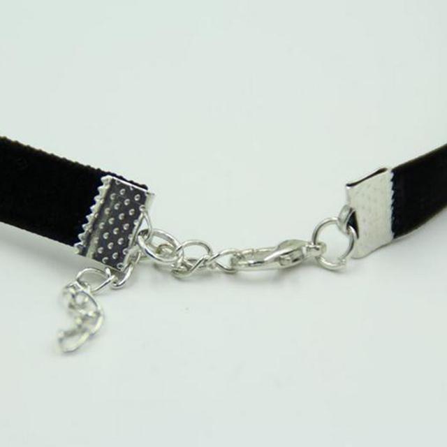 Women's Vintage Black Velvet Choker Necklace