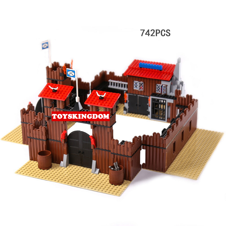 Classic American film scene Cowboys City building block soldiers Horse figures bricks 6769 educational toys for children gifts