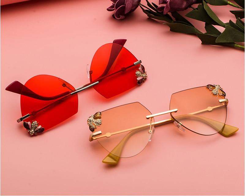 Rhinestone Cat Eye Sunglasses Ladies Triangle detail (1)