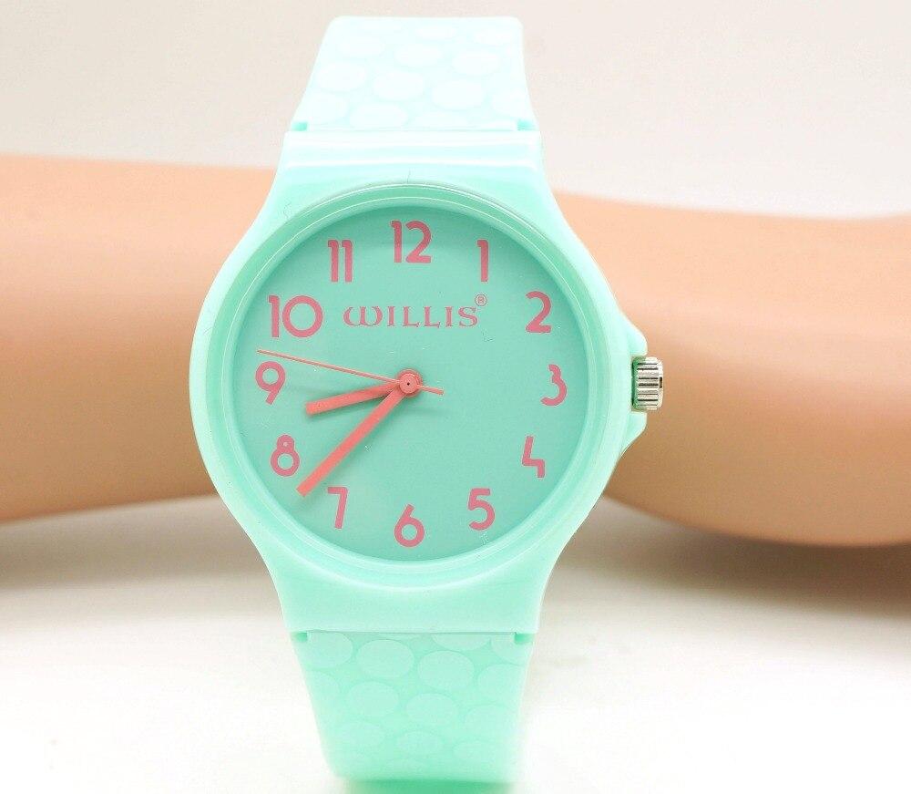 812b9319f6dc Willis lujo mujeres moda impermeable reloj de cuarzo ocasional caliente  marca deportes ocio futurista reloj