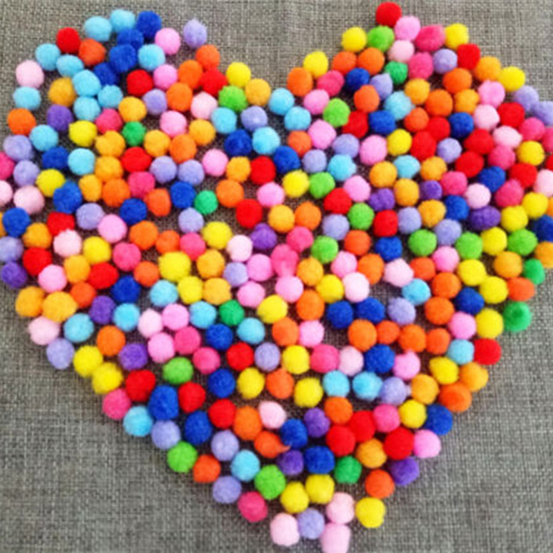 100gab / komplekts Nejauša krāsa Plīša daudzkrāsains DIY Ziemassvētku dekors Pompona bumbu kažokādas bumbu amatniecība