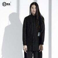 Весна оригинальный дизайн мужской личности темная рубашка в китайском стиле длинные заостренный воротник льняные рубашки в текстура