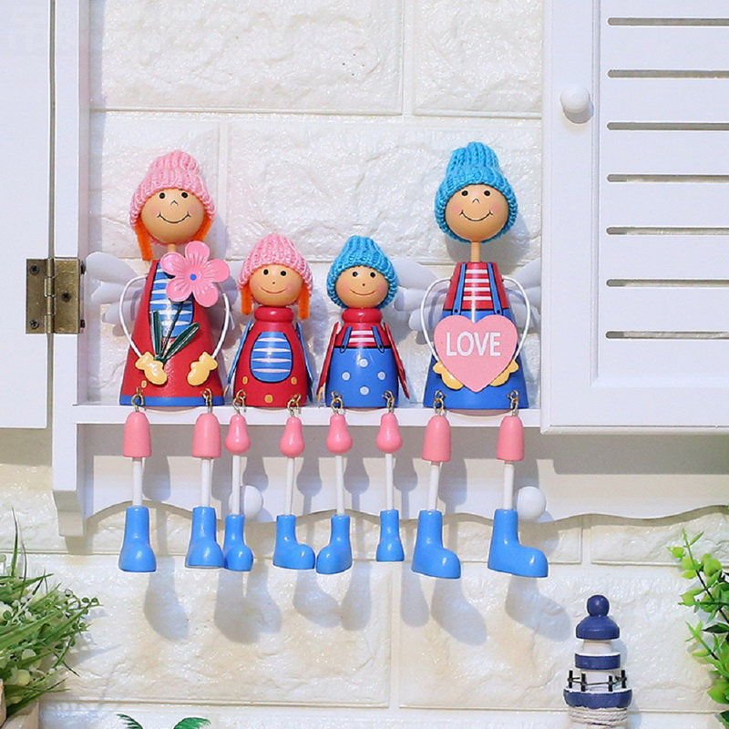 2018 Sweetty Family Chair Figurines Cute Hanging Doll Ornaments Creative Resin Crafts Home Decoration for TV Cabinet Living Room