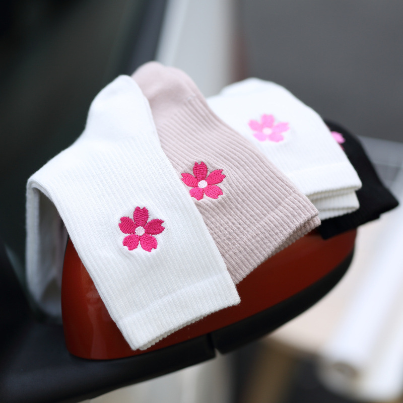 Lovely Spring Cherry Blossom Embroidery Cotton Women   Socks   Fashion Beautiful Pink Sakura Flower   Socks   Summer Cute Soft Cozy   Sock