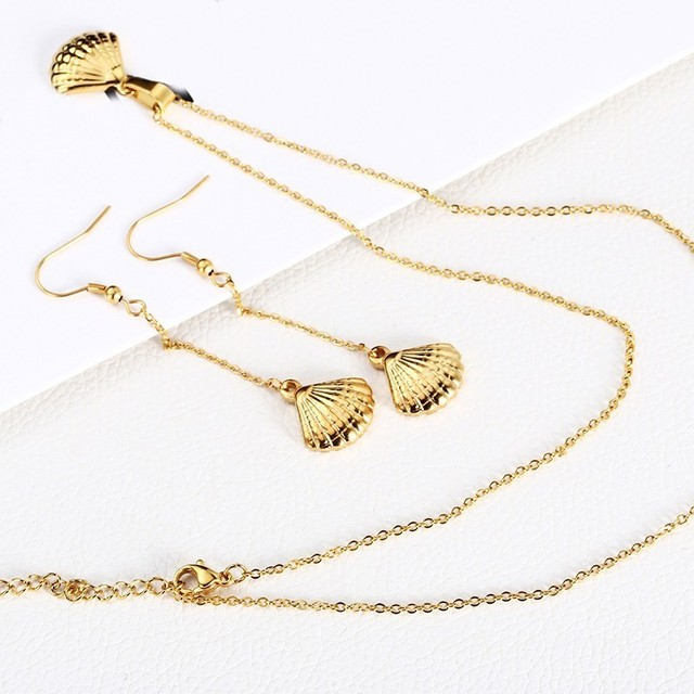 Women's Sea Shell Necklace and Earrings Set 3