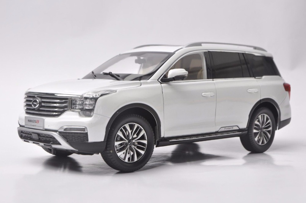 1:18 Diecast Model for GAC Trumpchi GS8 2016 Large SUV
