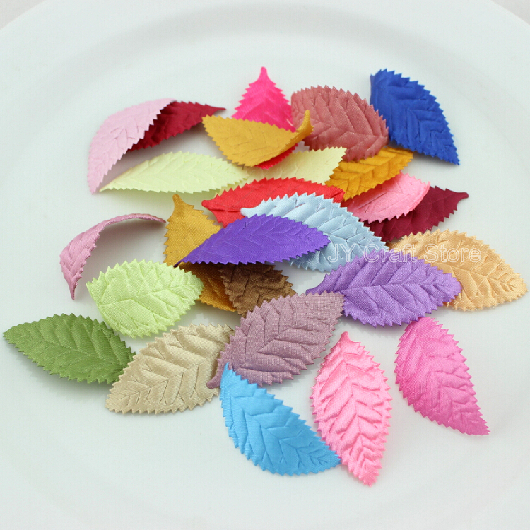 200Pcs Sequins Hollow Flowers Felt Appliques Mixed Colors Cardmaking Crafts 25mm