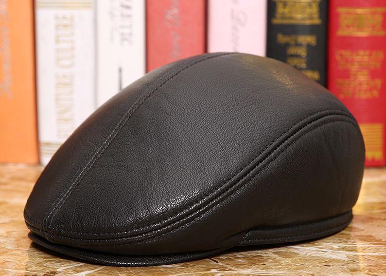 men natural Sheepskin beret (1)