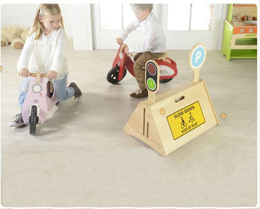 Çocuk Iki tekerlekli Denge Bisikleti çocuklar Scooter bebek yürüteci Üç Tekerlekli Bisiklet ahşap Bisiklet binilen oyuncaklar Hediye için Bebek öğrenme bisikleti