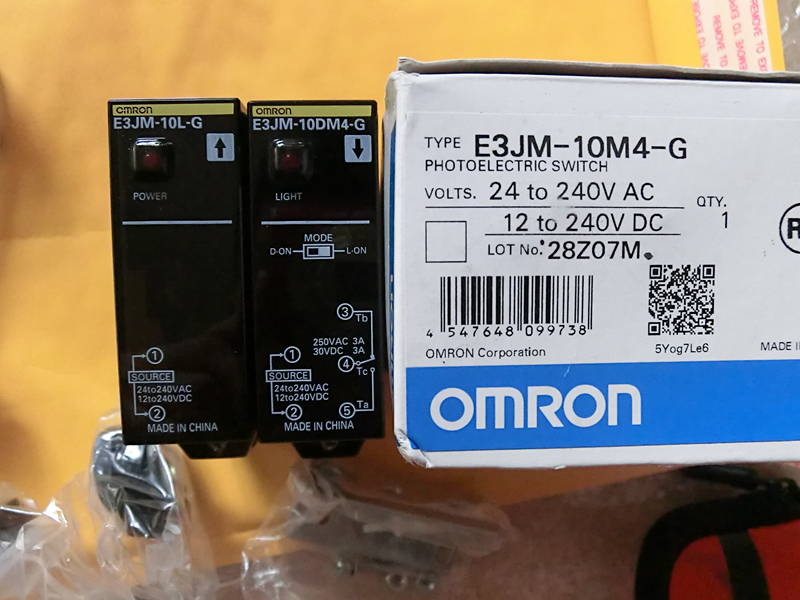 E3JM-10M4-G = E3JM-10L-G + E3JM-10DM4-G Photoelectric Switch 1761 l16awa ab plc used in good condition