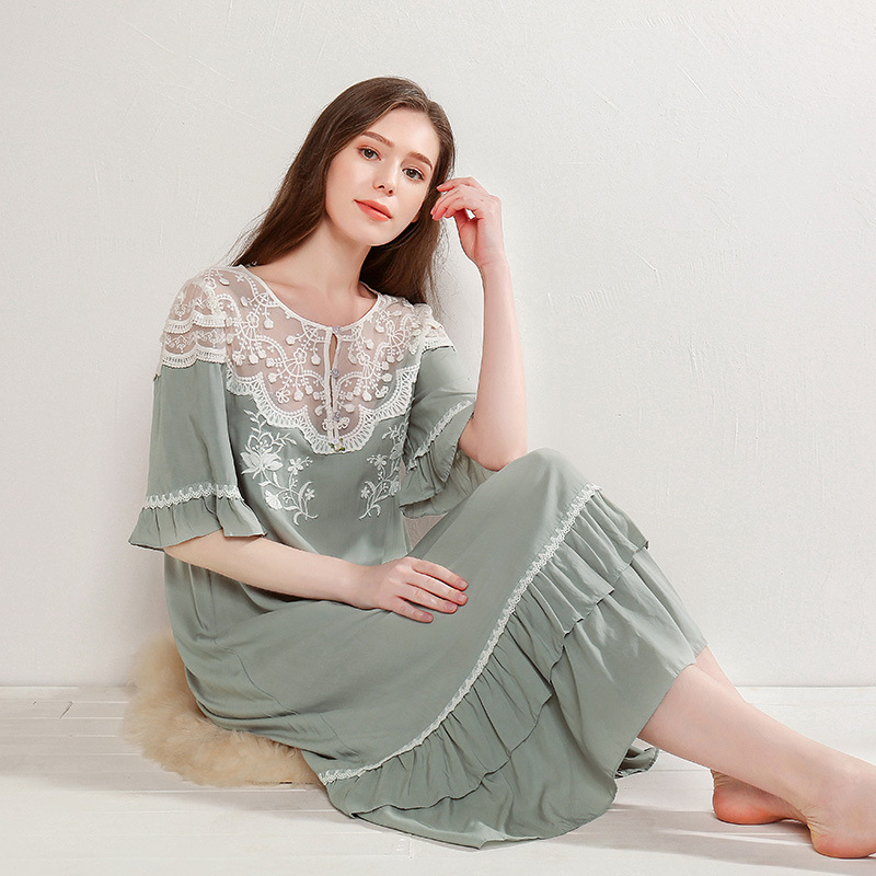 2019 Summer New Embroidered Viscose Nightgowns For Women White Lace Short Sleeve Vintage Princess Sleepwear Plus Size 18111