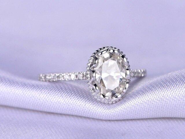 7x9mm Oval Moissanite 14 Karat Weissgold Diamant Dunne Band Frauen