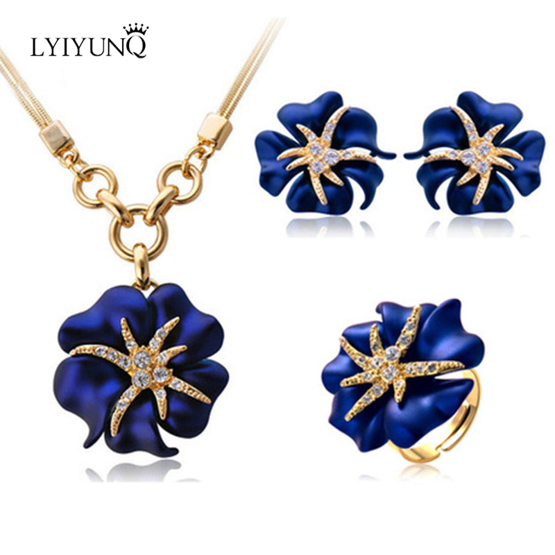 LYIYUNQ Ethnic Vintage Rose Flower Earrings Pendant Necklace Ring Jewelry Set Classic Gold Color Starfish Jewelry Sets For Women