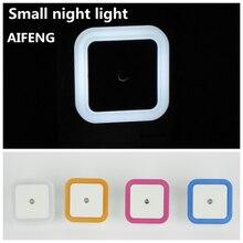 AIFENG маленький ночник Настенный светильник, 110 В 220 в 230 В США ЕС плагин квадратный Интеллектуальный Электрический автоматический переключатель синий оранжевый