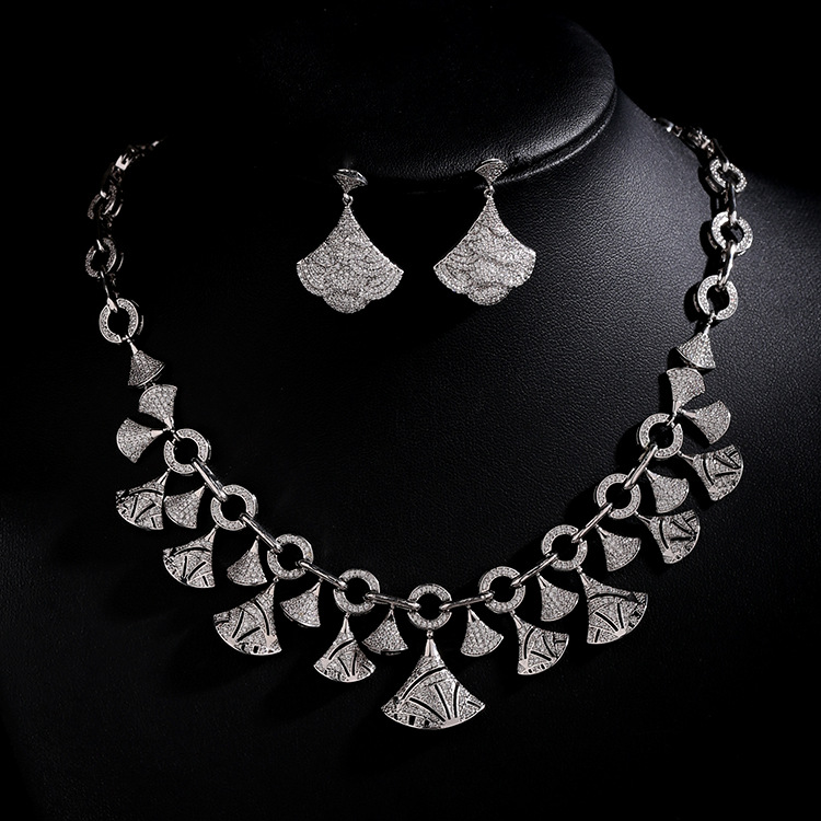Hot Sale New Fashion white gold color Fan Shaped Top Quality AAA Cubic Zirconia Bridal Jewelry