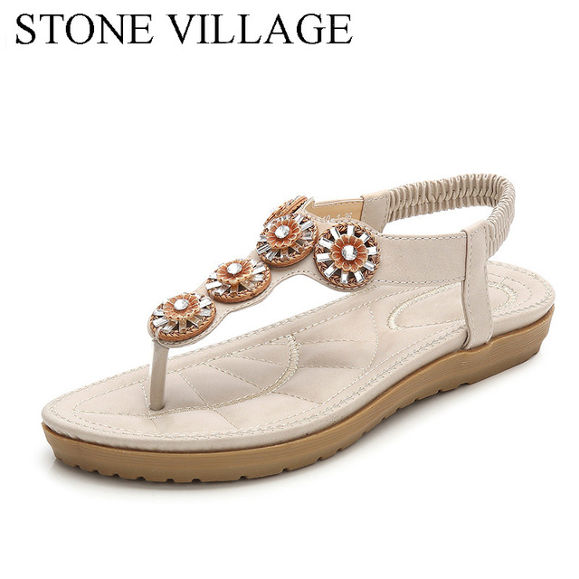 1e01978bab6217 New Summer Bohemia Beach Leisure Wood Buckle Comfortable Flat Sandals Women  Flower Crystal Flip Flop Women Shoes Large Size
