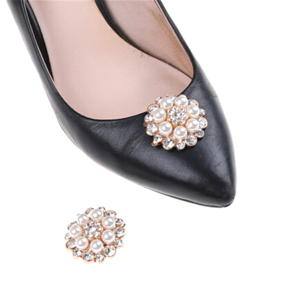 1pc Crystal Rhinestones Charm Shoe Clips Metal Material Faux Pearl Bridal Prom Shoe Clip Buckle Shoe Accessories bsaid1 piece shoes flower rhinestones clip decoration buckle crystal pearl women decorative accessories insert fitting charm