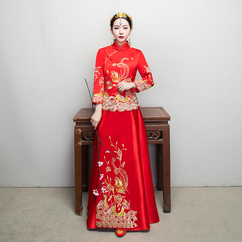 Red Chinese Wedding Bride Cheongsam Traditional Style Lady Evening Dress Embroidery Long Qipao Womens Clothing Size S M L XL XXL