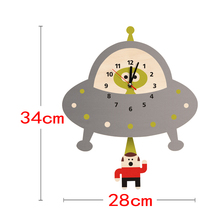 Alien Abduction Wall Clock Flying Saucer Outer Space UFO Abducting Pendulum Wooden Wall Clock Kid Room Decoration Geek Gift